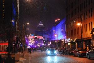 La place des festivals de Montréal illuminée